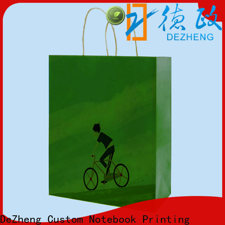 Dezheng factory kraft paper gift box Supply