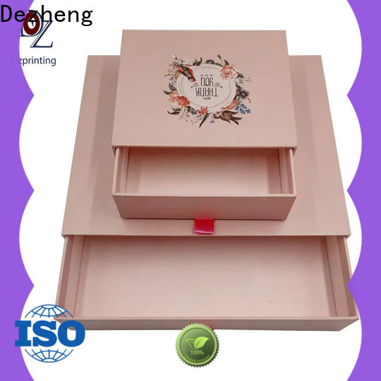 custom boxes with logo manufacturers