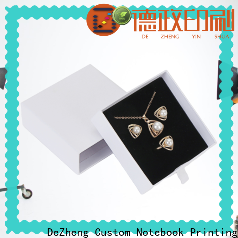 Supply kraft paper jewelry boxes
